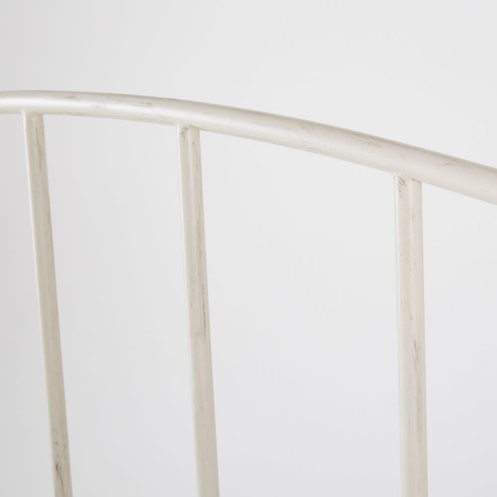lit 140x190 en m tal blanc sixtine maisons du monde. Black Bedroom Furniture Sets. Home Design Ideas