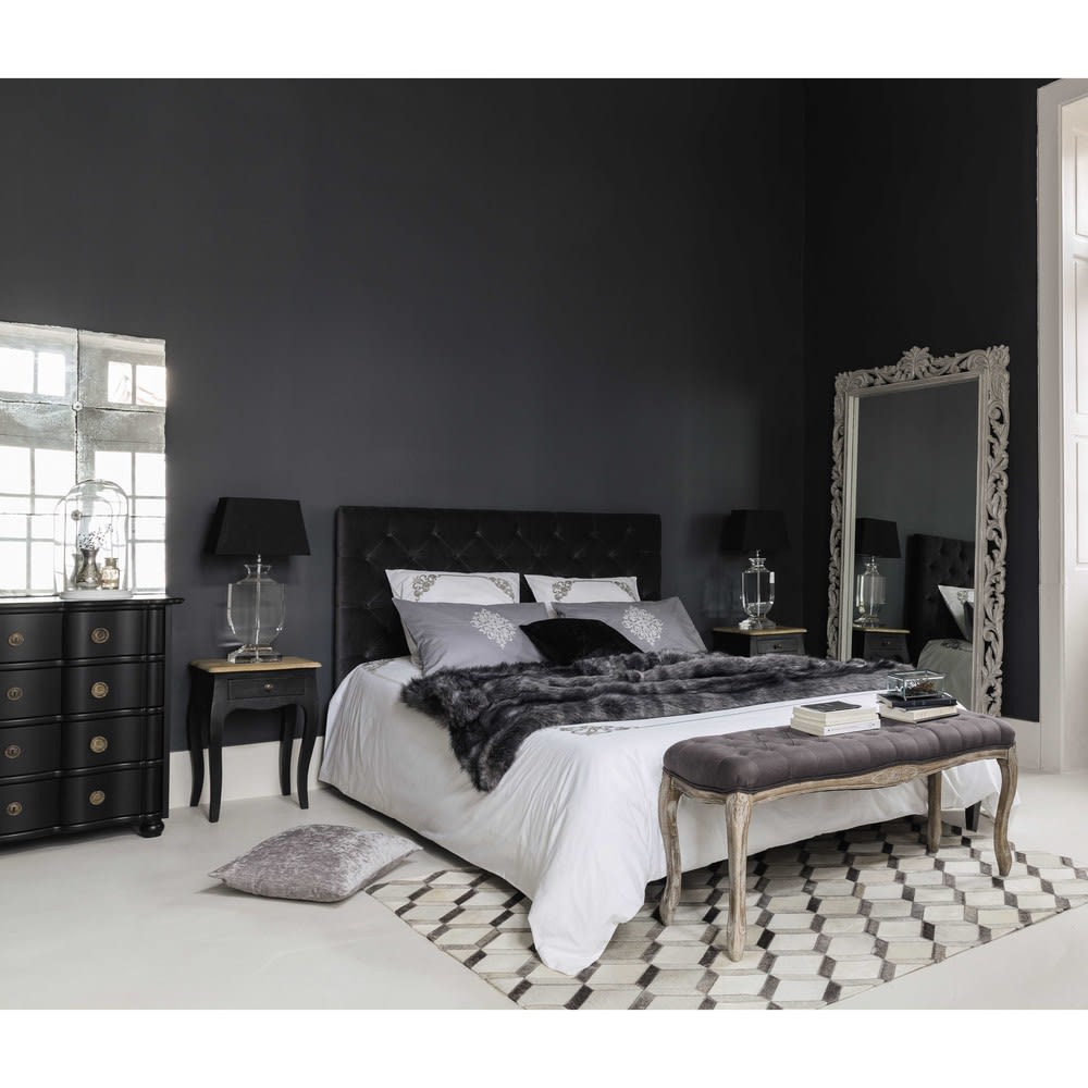 lit capitonn avec sommier lattes 160x200 en velours gris chesterfield maisons du monde. Black Bedroom Furniture Sets. Home Design Ideas