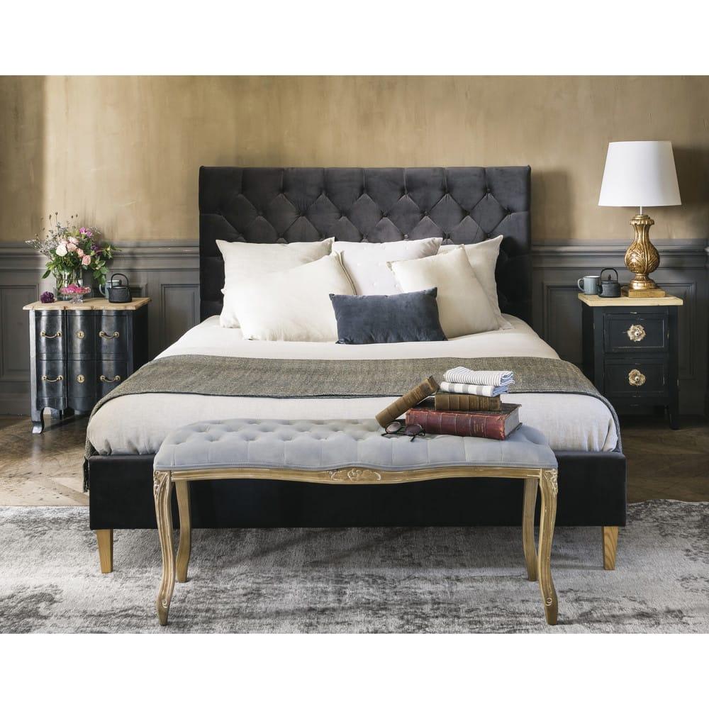lit capitonn avec sommier lattes 160x200 en velours gris chesterfield maisons du monde. Black Bedroom Furniture Sets. Home Design Ideas