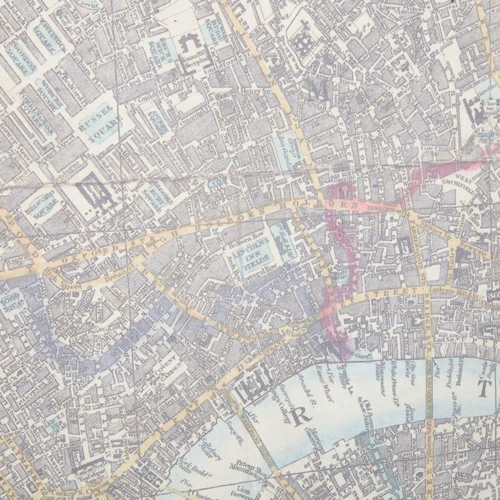 Map Of London Print Kakemono 130 X 108 Cm London Map Maisons Du Monde