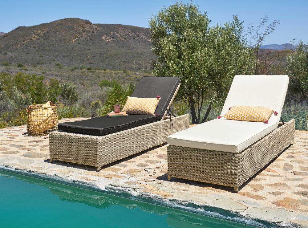 matelas pour bain de soleil noir sunny maisons du monde. Black Bedroom Furniture Sets. Home Design Ideas