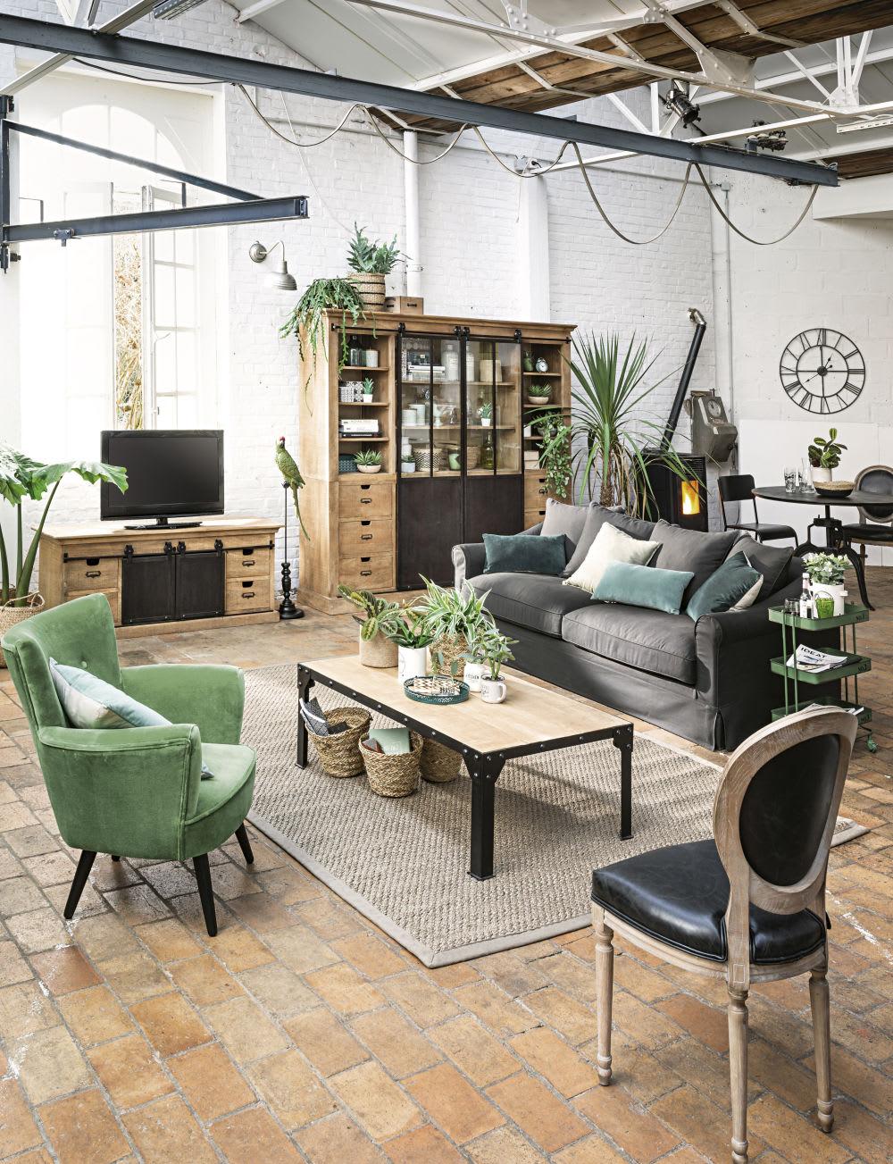 meuble tv 2 portes 4 tiroirs en manguier massif germain. Black Bedroom Furniture Sets. Home Design Ideas