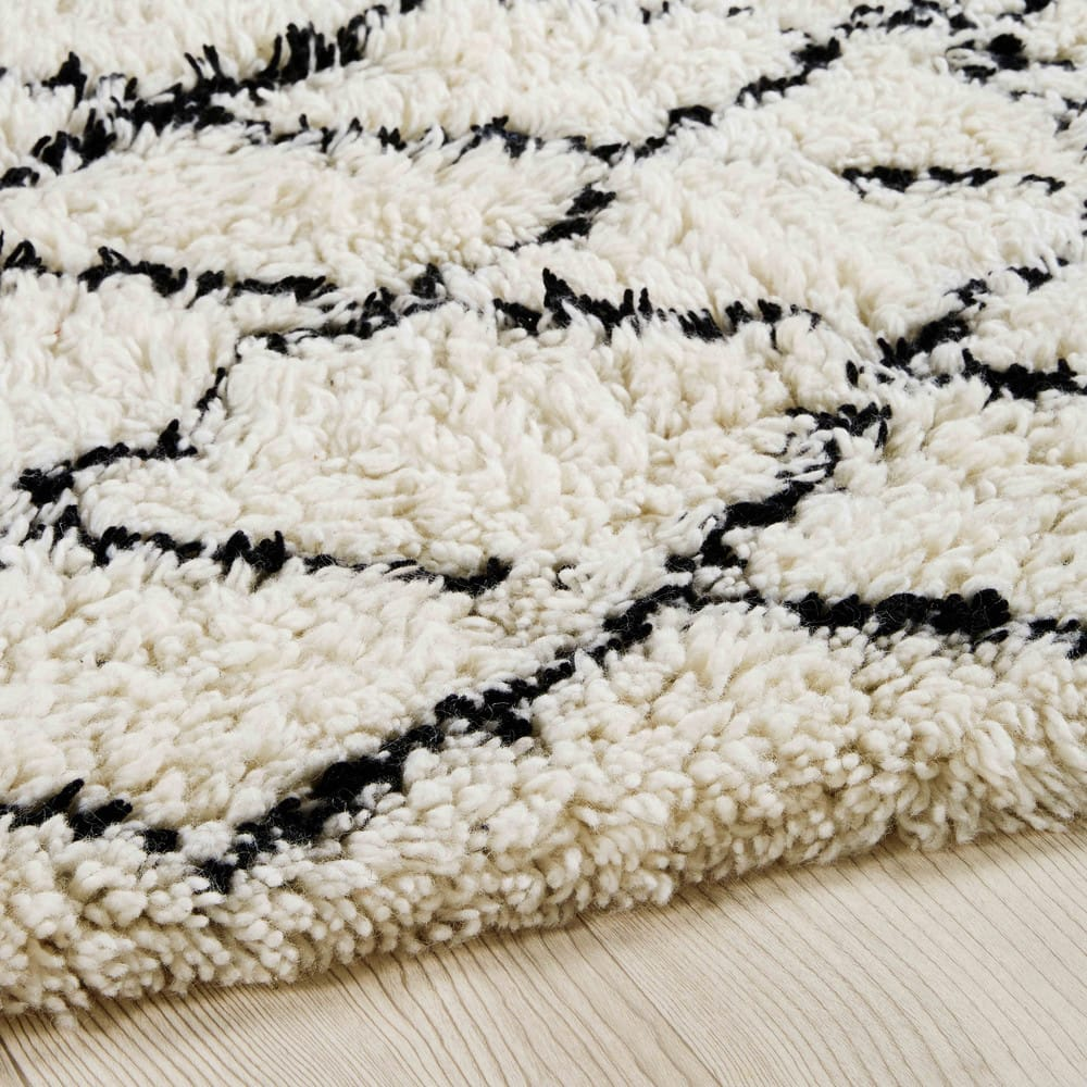 Ecru black cotton and wool berber rug 140 x 200 cm mounia - Alfombras maison du monde ...