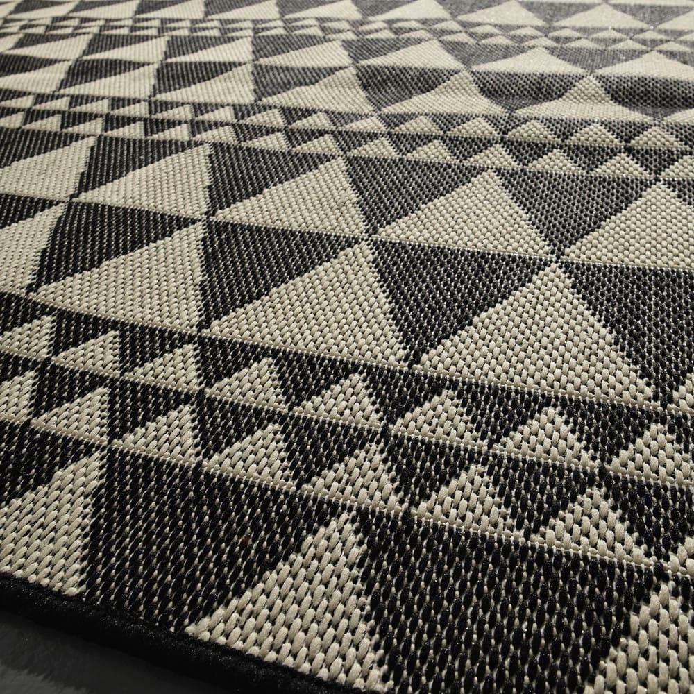 outdoor teppich aus kunststoff 160x230 labritja maisons. Black Bedroom Furniture Sets. Home Design Ideas
