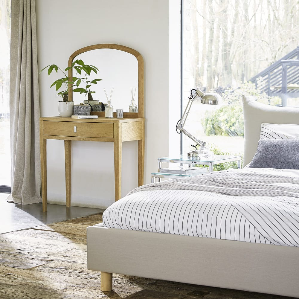 parure de lit en coton blanc motifs graphiques 220x240. Black Bedroom Furniture Sets. Home Design Ideas