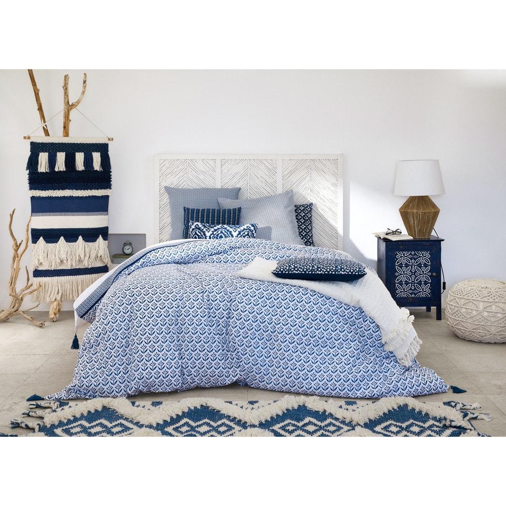 parure de lit en coton motifs bleus 220x240 indigo. Black Bedroom Furniture Sets. Home Design Ideas