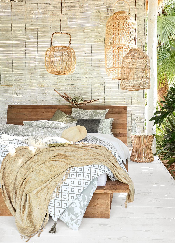 parure de lit en coton vert kaki motif floral beige. Black Bedroom Furniture Sets. Home Design Ideas