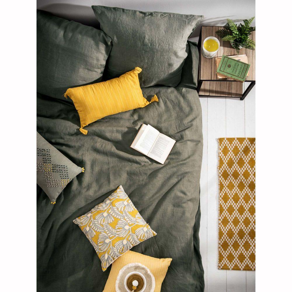 parure de lit en lin lav vert kaki 240x260 maisons du monde. Black Bedroom Furniture Sets. Home Design Ideas