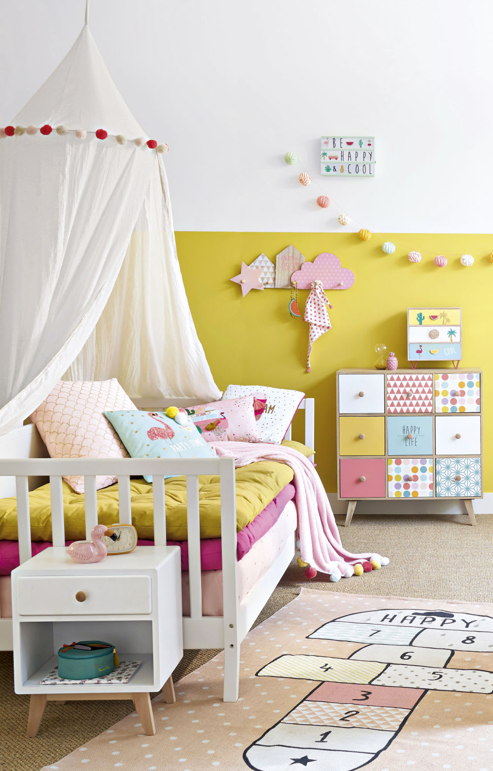 parure de lit enfant en coton blanc rose et dor imprim. Black Bedroom Furniture Sets. Home Design Ideas