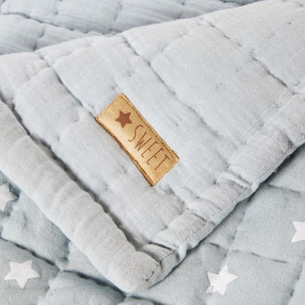 plaid en coton bleu motifs toiles blanches 100x140 gaspard maisons du monde. Black Bedroom Furniture Sets. Home Design Ideas