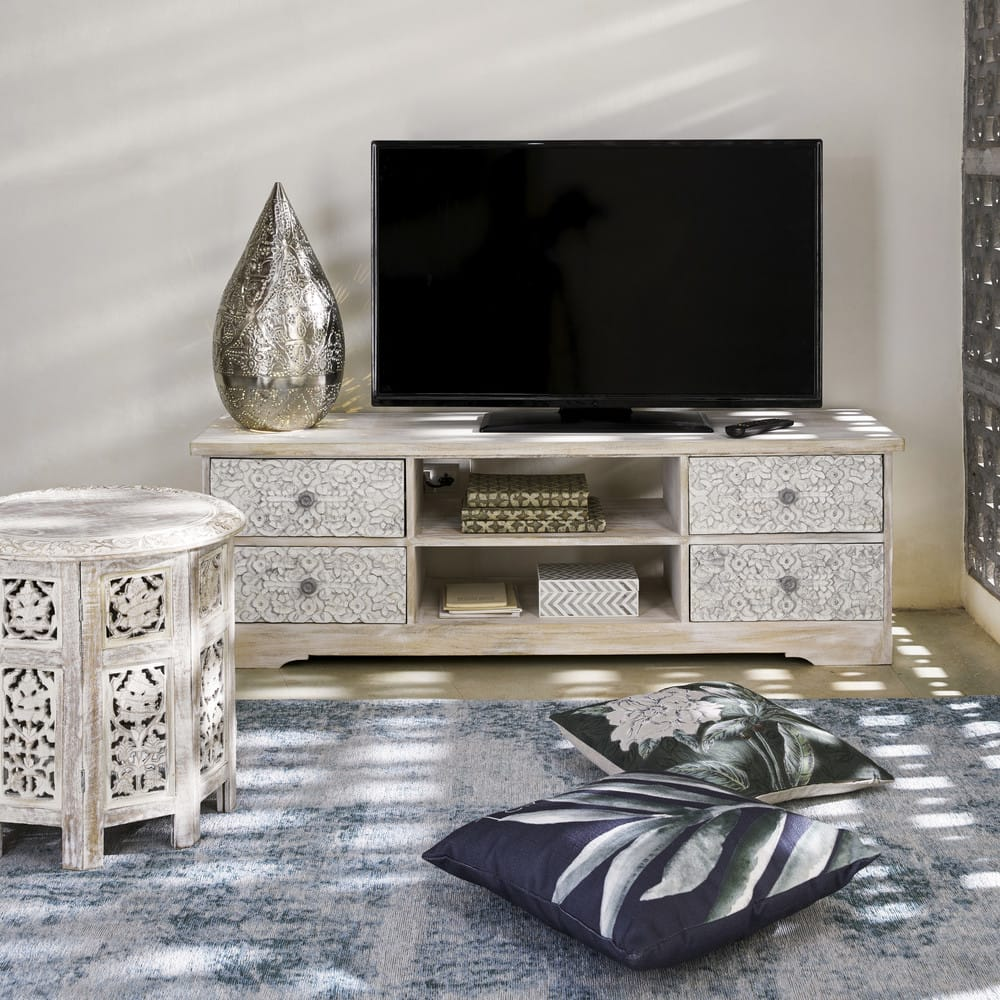 Maison Du Monde Mobili Tv.Carved Wood Side Table In Whitewash Finish W 46cm Saranya Maisons