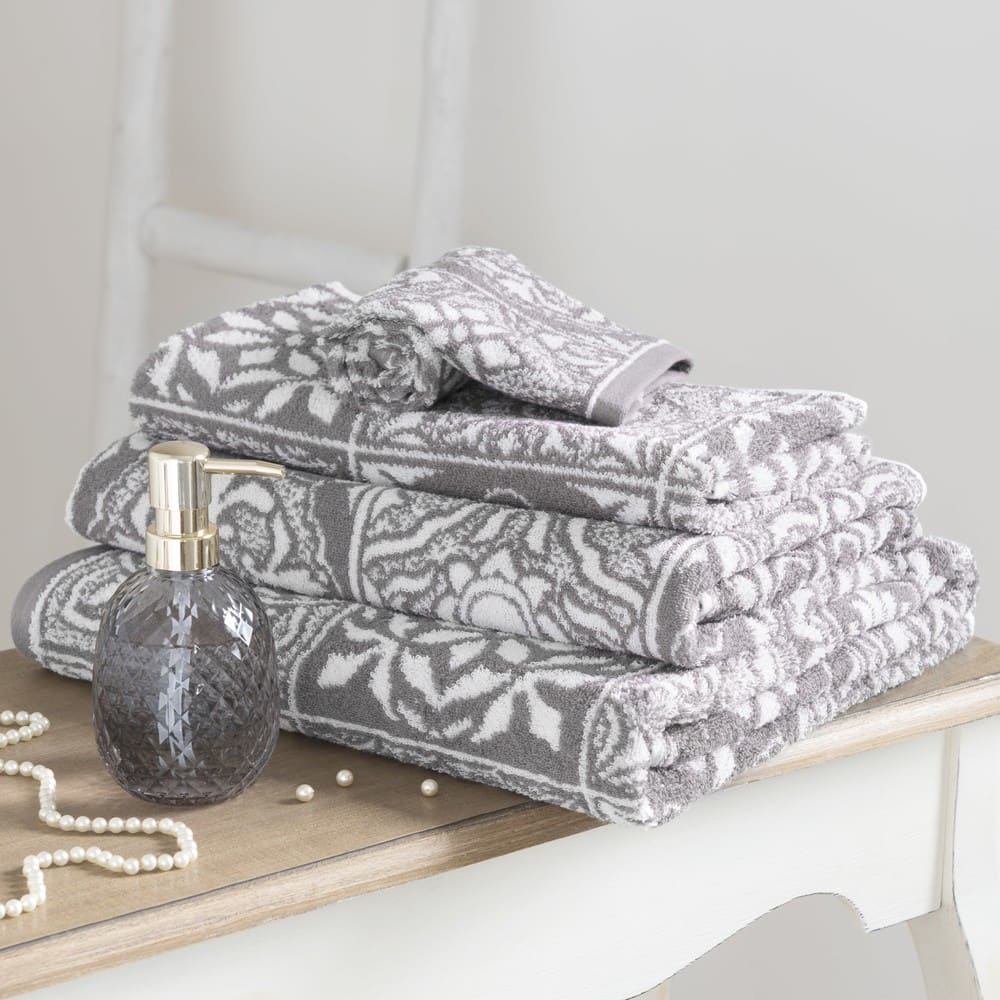 serviette en coton motifs carreaux de ciment 70x140 floris. Black Bedroom Furniture Sets. Home Design Ideas