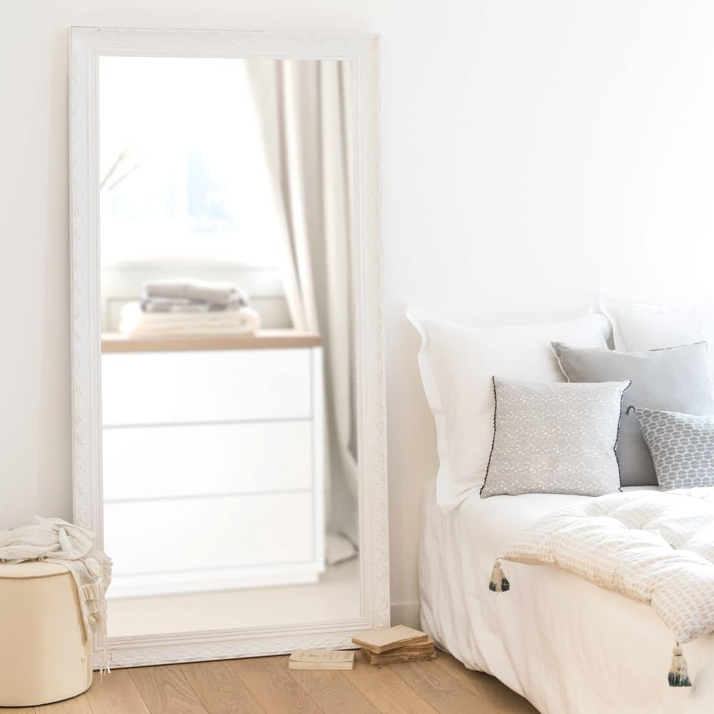 spiegel mit rahmen aus wei em paulownienholz 90x180. Black Bedroom Furniture Sets. Home Design Ideas