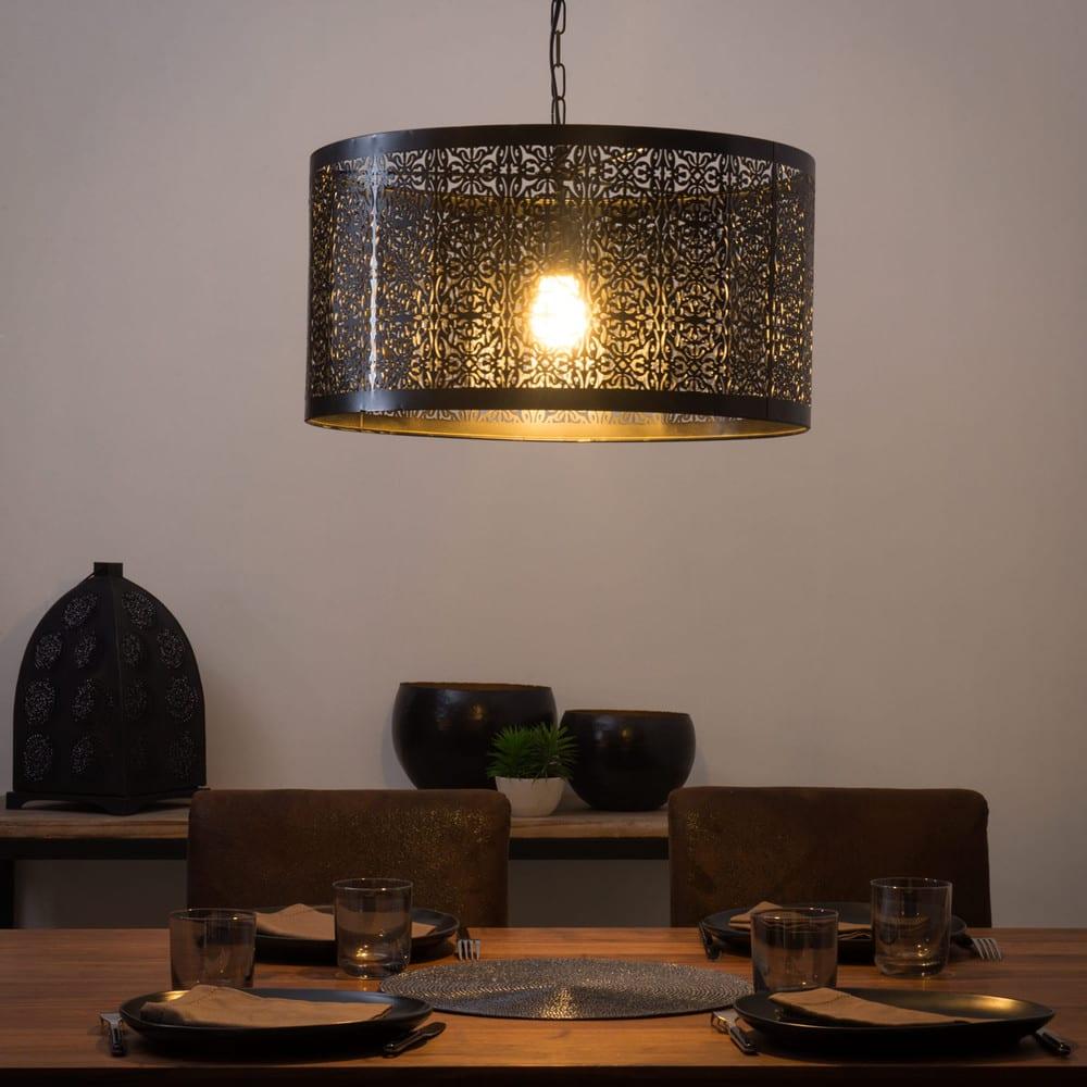 suspension en m tal cisel noir gaia maisons du monde. Black Bedroom Furniture Sets. Home Design Ideas