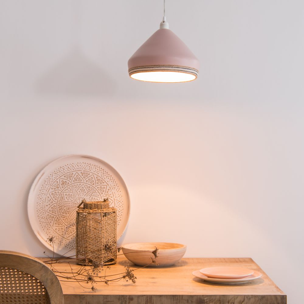 suspension non lectrifi e en bambou rose atima maisons. Black Bedroom Furniture Sets. Home Design Ideas