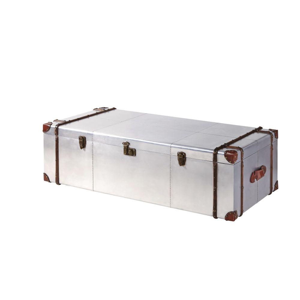 table basse malle en aluminium clout cruse maisons du monde. Black Bedroom Furniture Sets. Home Design Ideas