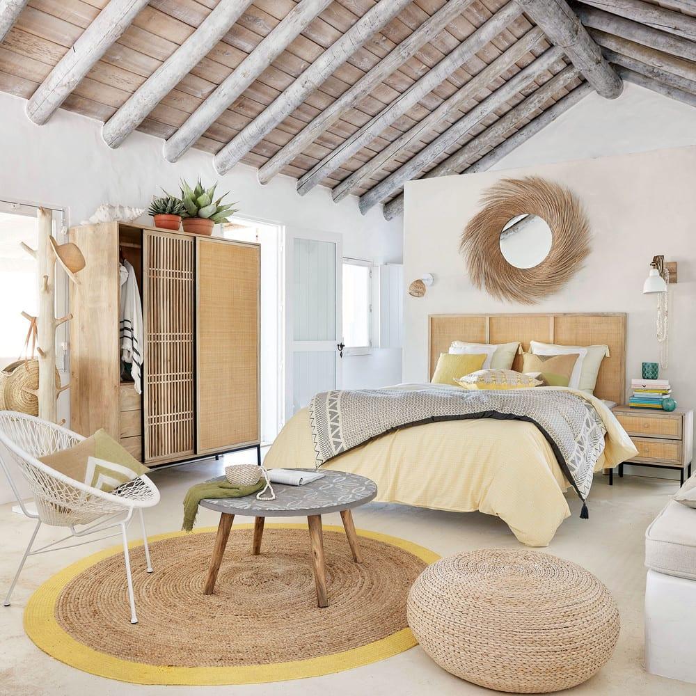 table basse ronde effet b ton motifs blancs praia. Black Bedroom Furniture Sets. Home Design Ideas