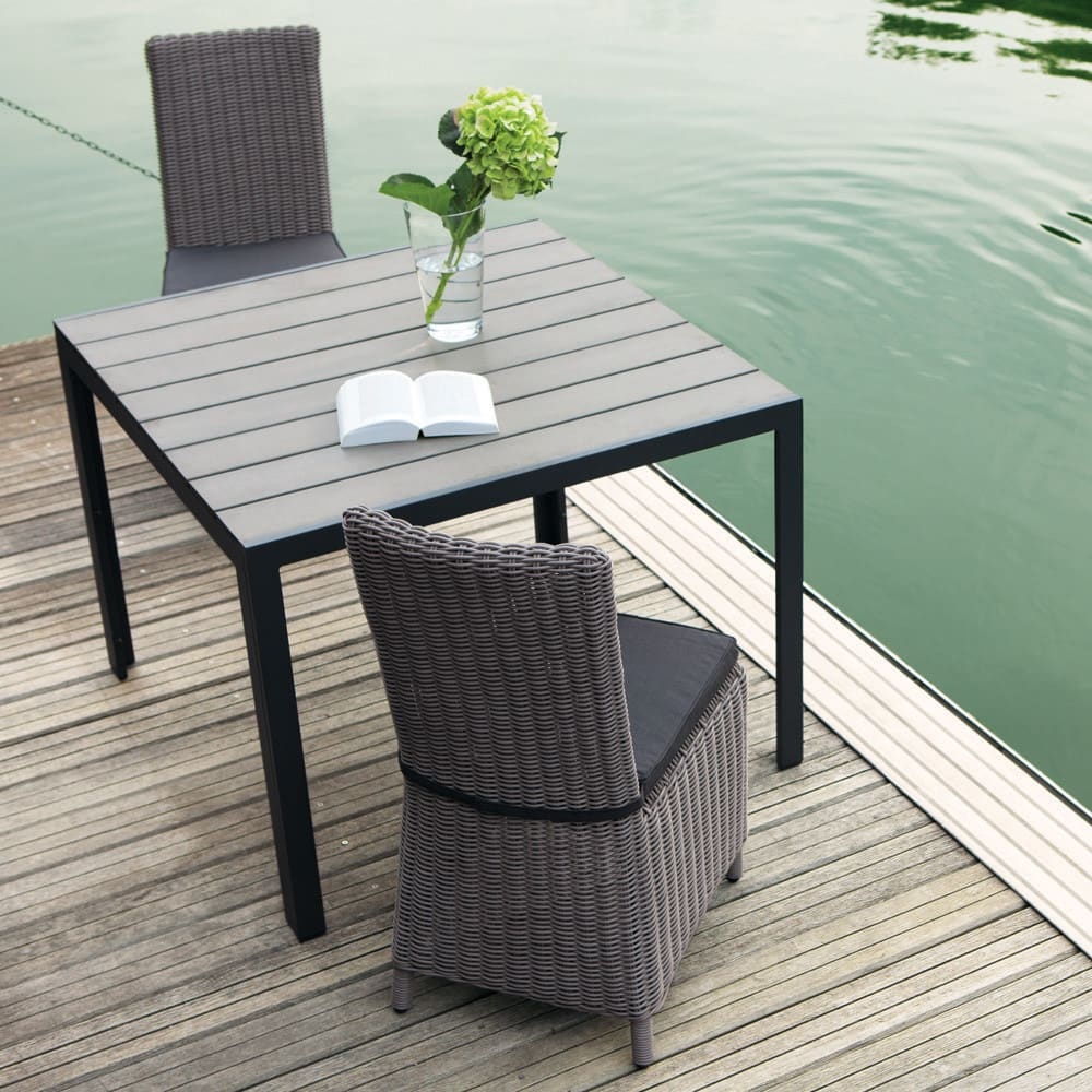 Table de jardin en aluminium gris anthracite l104 escale maisons du monde - Table de jardin aluminium ...