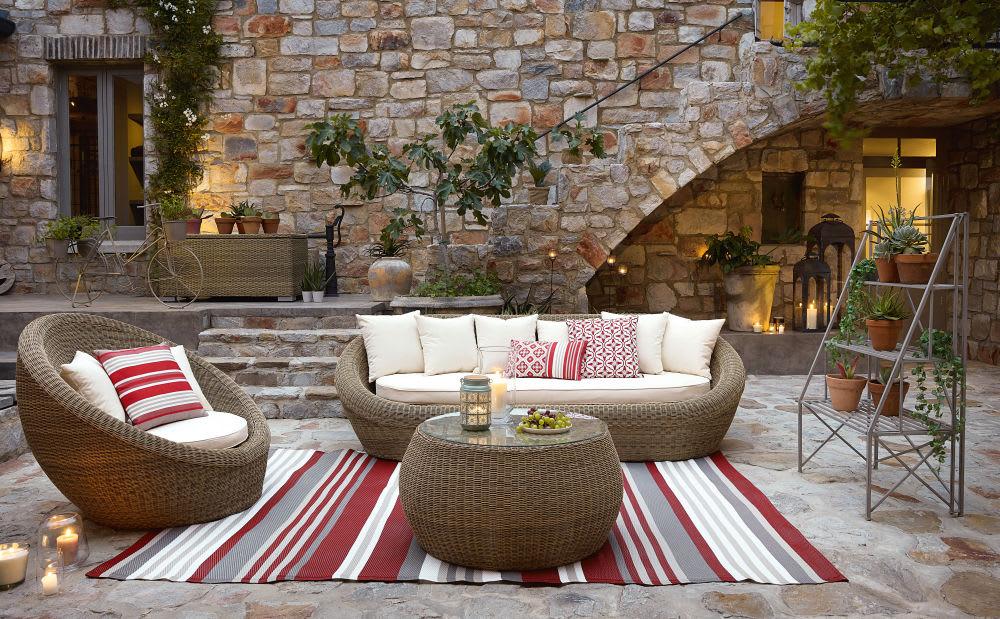 tapis d 39 ext rieur motifs rayures multicolores 120x180. Black Bedroom Furniture Sets. Home Design Ideas