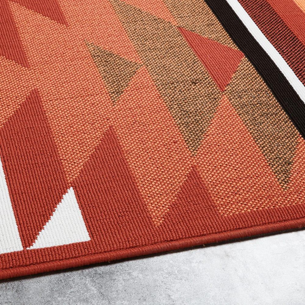 tapis d 39 ext rieur motifs graphiques 160x230 pria maisons. Black Bedroom Furniture Sets. Home Design Ideas