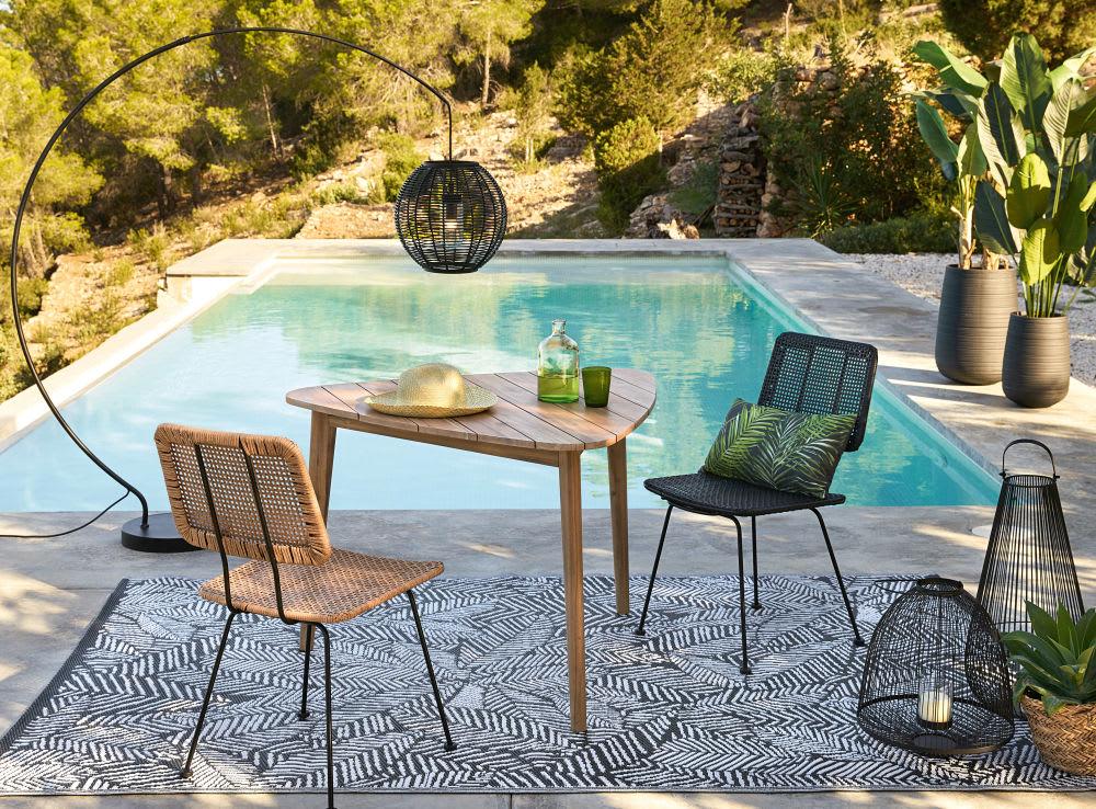 tapis d 39 ext rieur noir imprim feuilles blanches 180x270. Black Bedroom Furniture Sets. Home Design Ideas