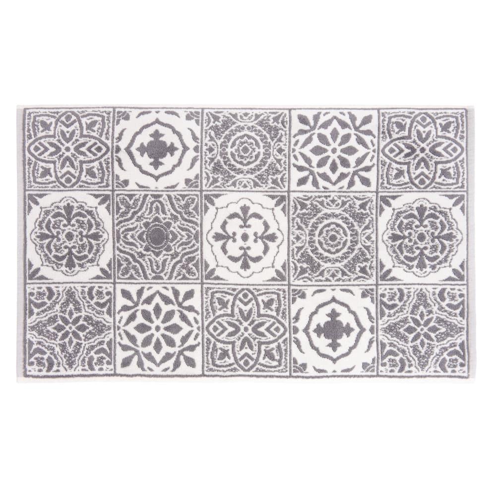 tapis de bain en coton motifs carreaux de ciment 50x80 floris maisons du monde. Black Bedroom Furniture Sets. Home Design Ideas