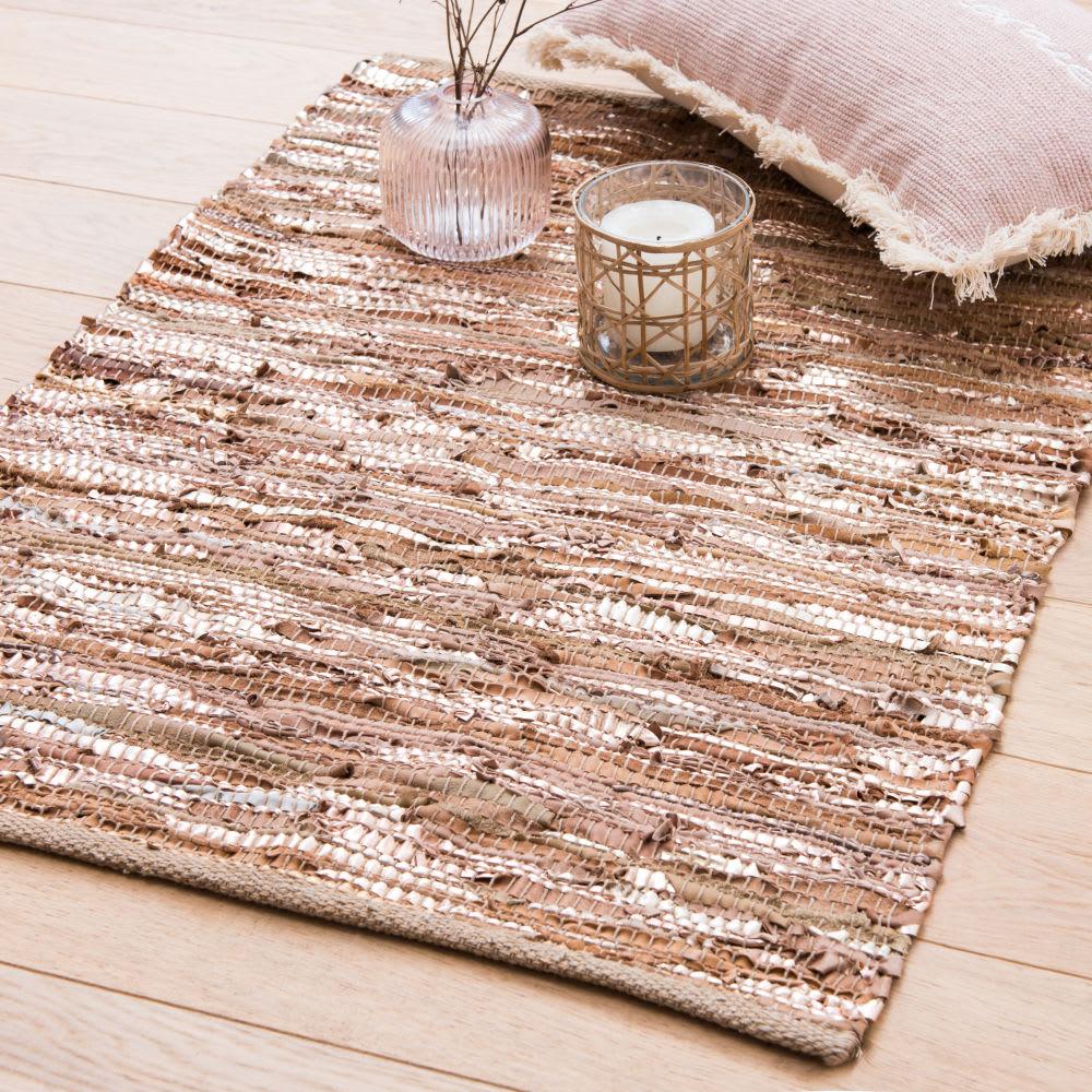 tapis en cuir de vache dor et beige 60x90 triam maisons du monde. Black Bedroom Furniture Sets. Home Design Ideas
