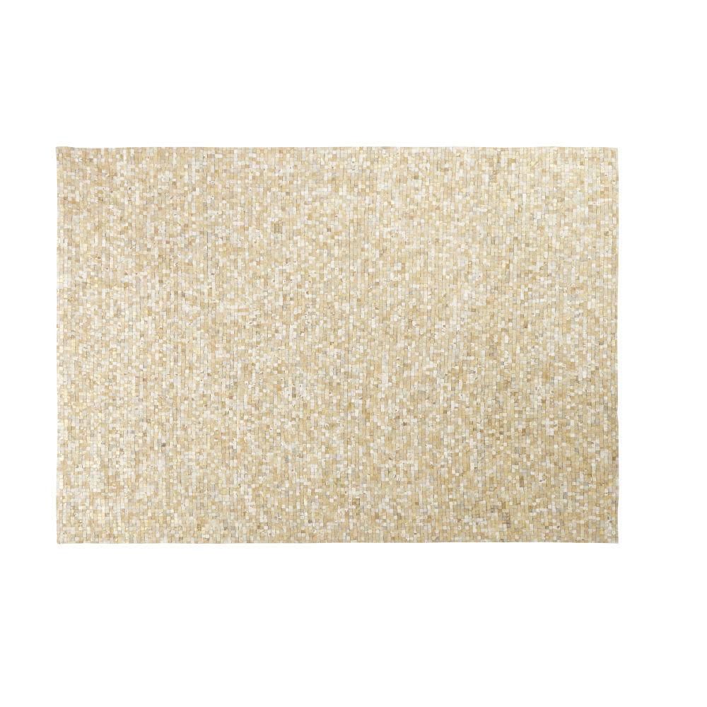 tapis en cuir de vache cru et dor motifs graphiques 160x230 mosaique maisons du monde. Black Bedroom Furniture Sets. Home Design Ideas