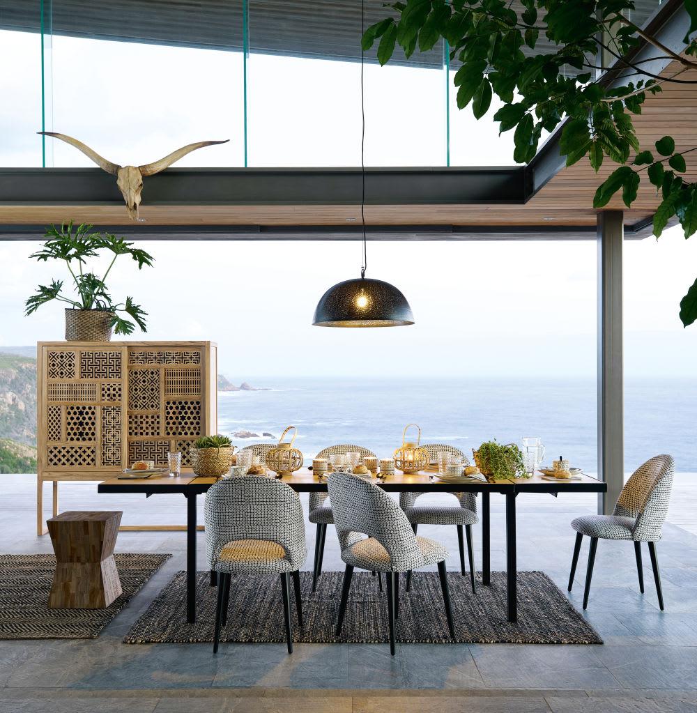 tapis en cuir de vache et coton motifs rayures 140x200. Black Bedroom Furniture Sets. Home Design Ideas