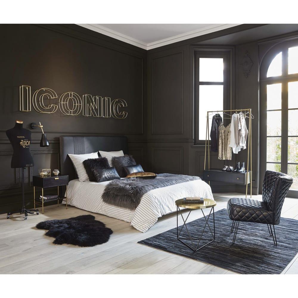 tapis en peau de mouton noire 55x90 maisons du monde. Black Bedroom Furniture Sets. Home Design Ideas