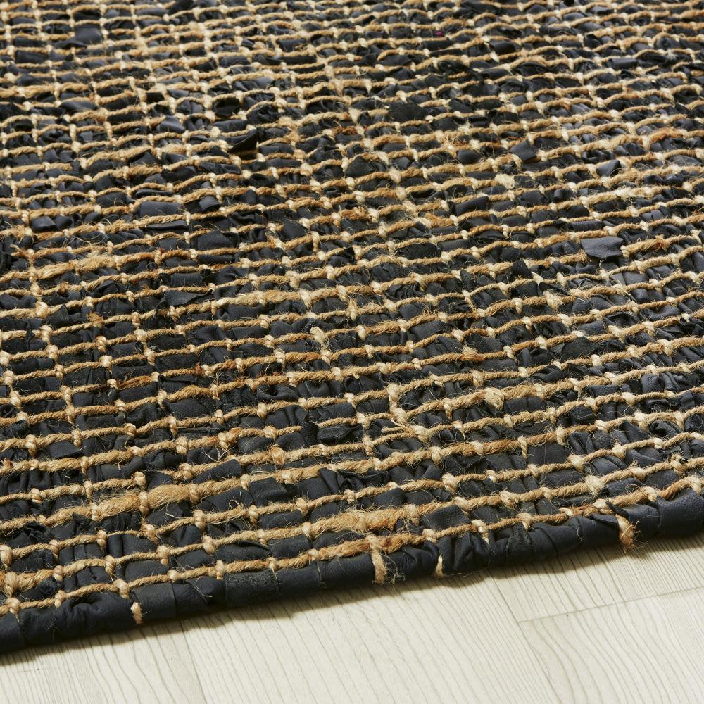 tapis tress en cuir de vache noir et jute 140x200 maurice. Black Bedroom Furniture Sets. Home Design Ideas