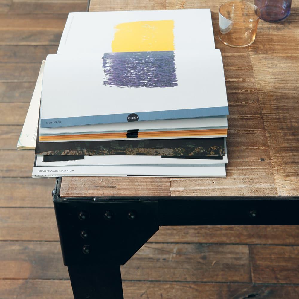Tavolo da pranzo stile industriale in massello di mango e for Tavolo 10 persone