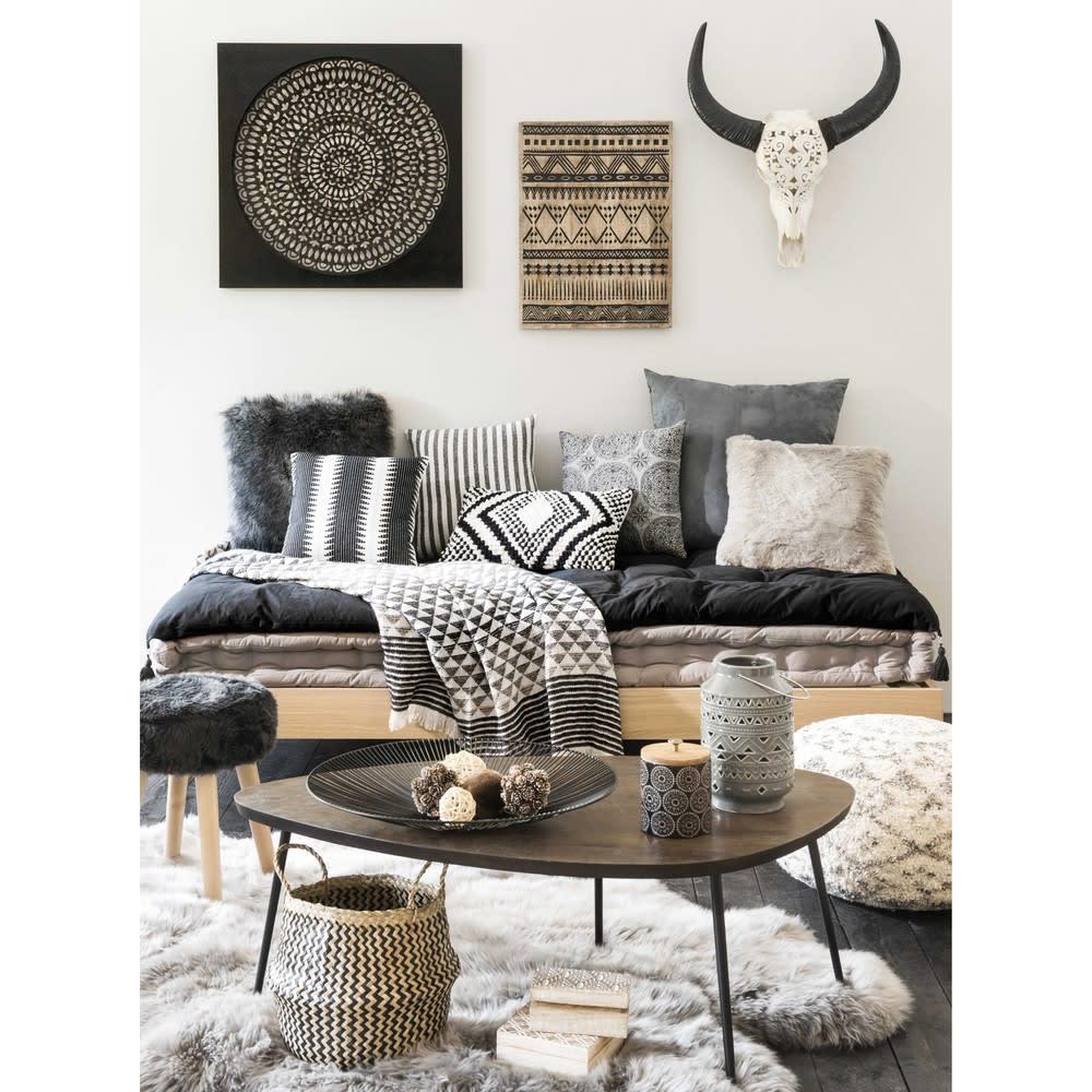 wanddeko aus metall in lochoptik 70x70 adhira maisons du. Black Bedroom Furniture Sets. Home Design Ideas