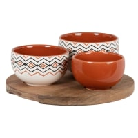 Beige, brown and black stoneware appetiser dishes (x3) and bamboo tray