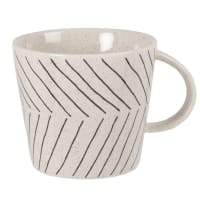 VISBY - Set of 2 - Beige stoneware cup with line print