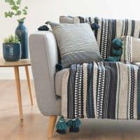 Blauer Überwurf aus Baumwolljacquard mit Streifenmuster 125x150 Kolari