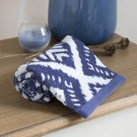 Blue Cotton Towel with Graphic Motifs 30x50