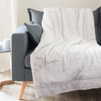 Decke aus grauem Kunstpelz 150x180 Soho