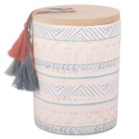 Duftkerze im Keramikgefäß mit Grafikmotiven und Pompons