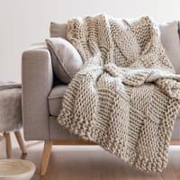 Plaid tricoté taupe grisé 130x170