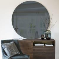 GREY - Runder Spiegel aus Rauchglas D.120