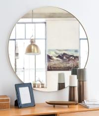 CLEMENT - Runder Spiegel mit goldfarbenem Metallrahmen D90
