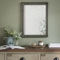 Specchio in metallo grigio, 47x60 cm Brody