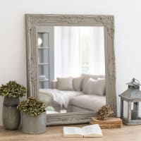 Spiegel mit Rahmen aus beigem Paulownienholz 63 x 73 Rizzo
