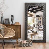 Spiegel mit Rahmen aus dunklem, geschnitztem Mangoholz 85x160 Montana