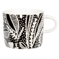 KEMBE - Set of 2 - Stoneware cup with black and white graphic print