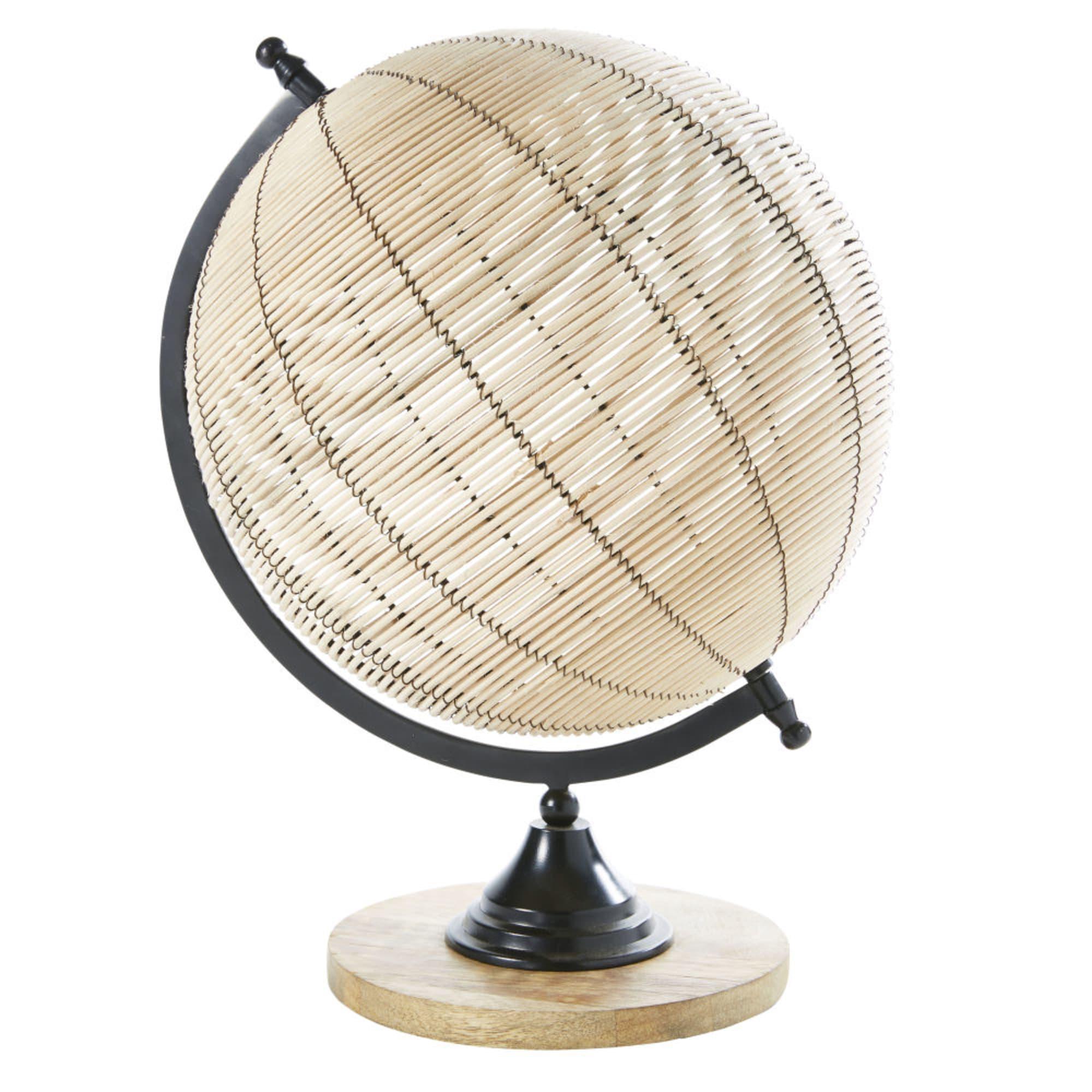 Globe terrestre en rotin et manguier