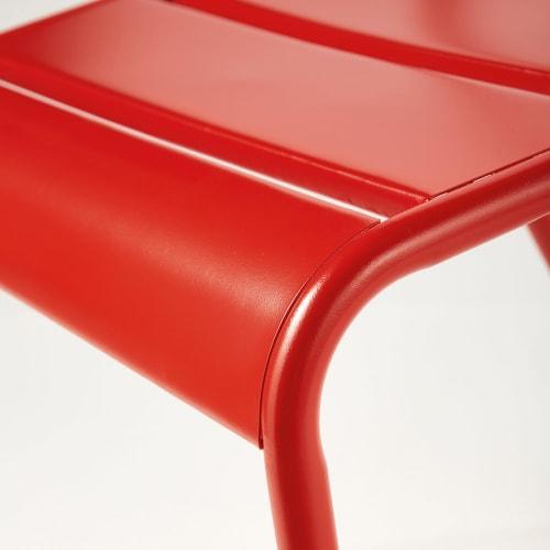 Chaise de jardin en métal orange foncé