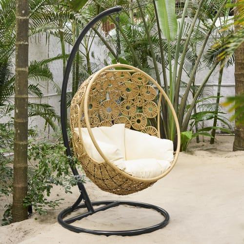 Hang Stoel Tuin.Hangstoel Voor In De Tuin Ibis Maisons Du Monde