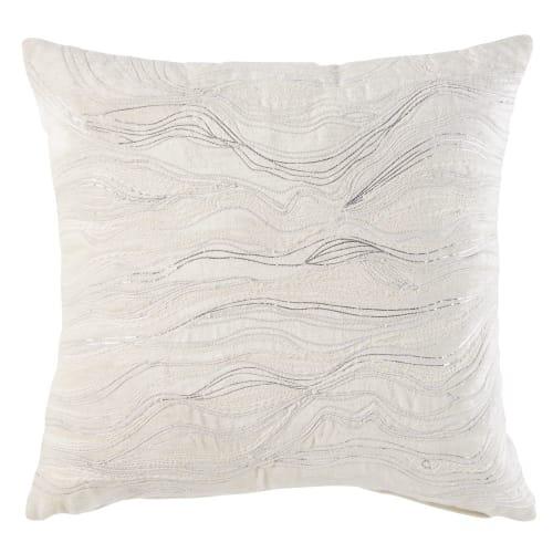 Kissen Aus Ecrufarbenem Samt Mit Silberfarbenen Grafischen Motiven 45x45